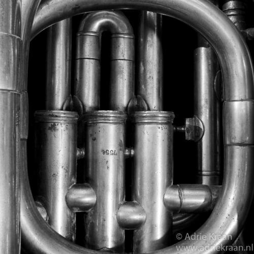 Tuba-4